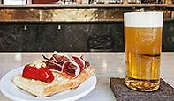 Foto de La tradicional cervecería Santa Bárbara cierra sus puertas en Goya (Madrid)